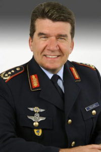 генерал-лейтенант Карл МЮЛЛНЕР