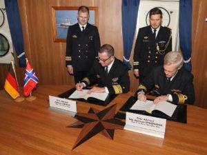 Подписание соглашения между ВМС Германии и Норвегии