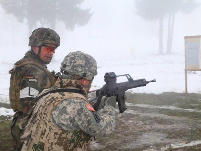 Изучение новой методики бундесвера военнослужащими США