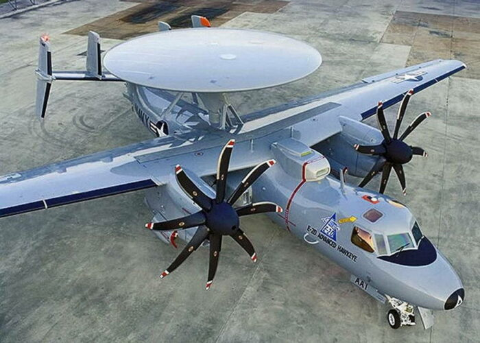 Самолет ДРЛО E-2D AHE Advanced Hawkeye