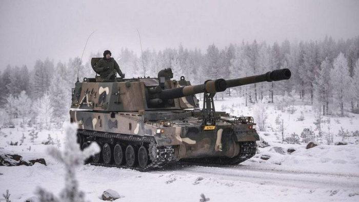 Самоходная гаубица K9 сухопутных войск Финляндии