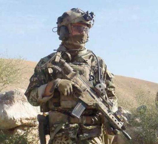 Военнослужащий СпН бундесвера с винтовкой G36KA4
