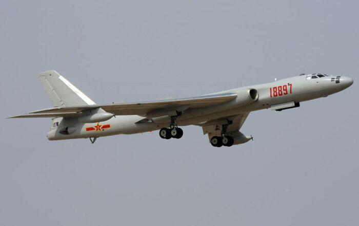 """Китайский бомбардировщик """"Хун-6"""""""