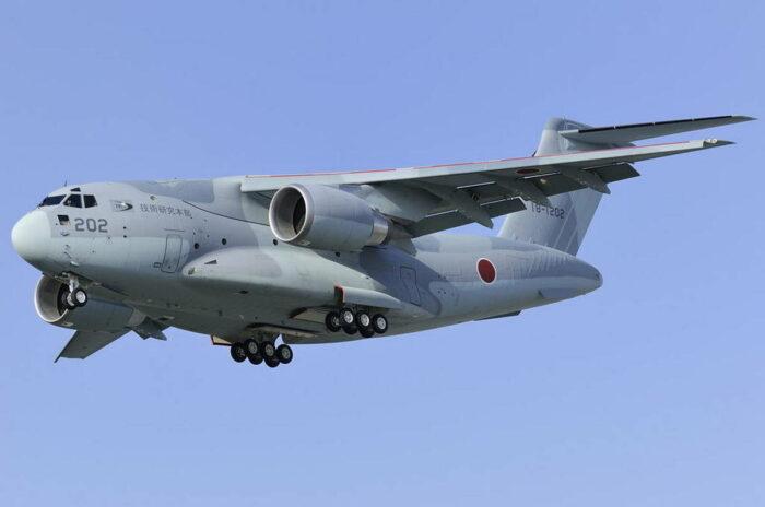 Транспортный самолет С-2 ВВС Японии