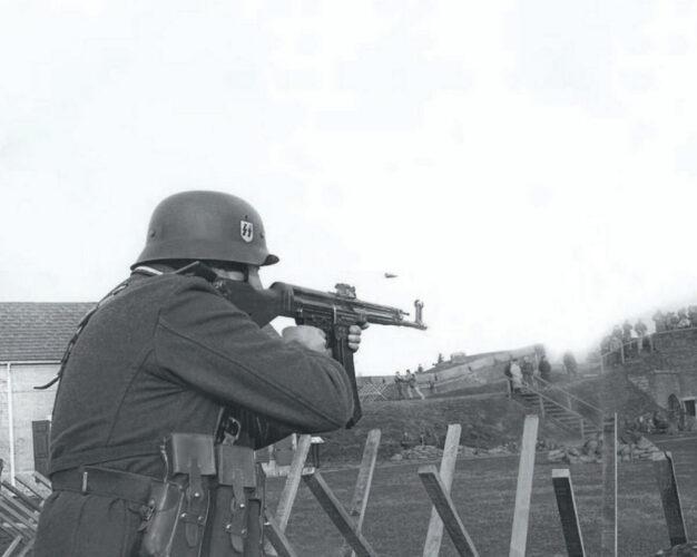 На стрельбище во Франции. 1944 г.