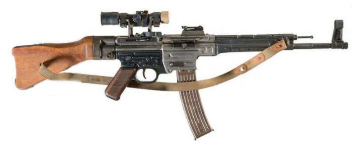 МР 43 со снайперским прицелом ZF-4