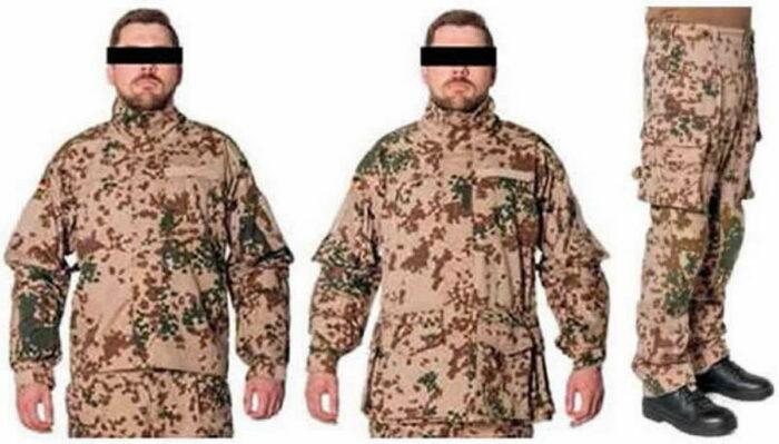 Комплект полевого костюма: куртки (слева), брюки (справка)