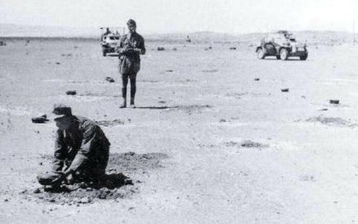Минирование африканского побережья немецкими саперами