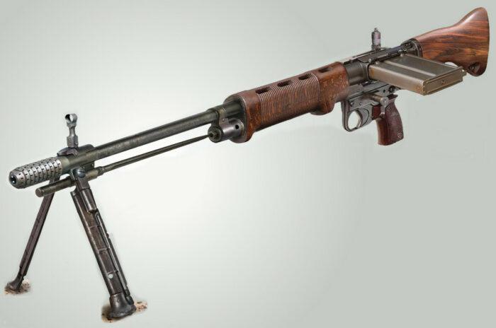 Полуавтоматическая винтовка FG-42