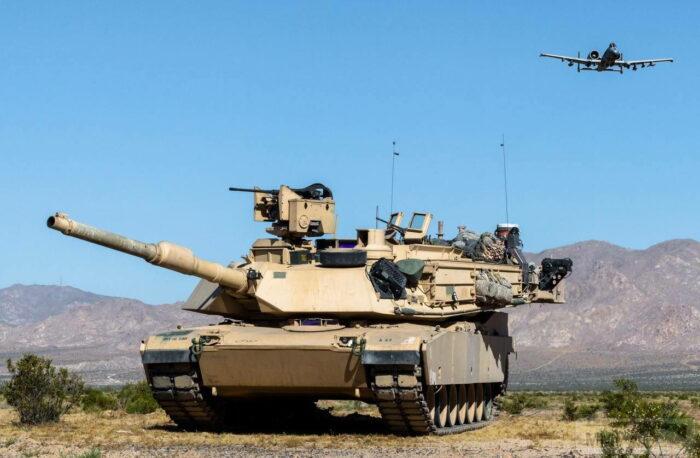 """Основной боевой танк М1 """"Абрамс"""""""