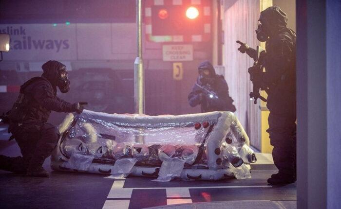 Транспортировка раненых из зоны заражения