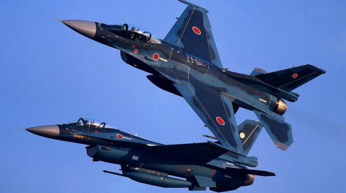Истребители F-2 ВВС Японии