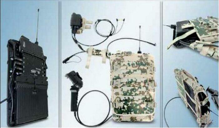 Слева направо: эволюция развитие электронного рюкзака в USB-хаб