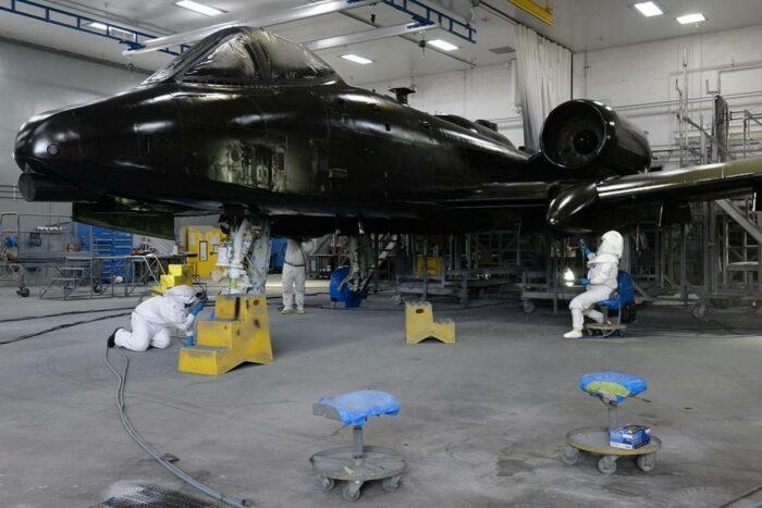 "Штурмовик А-10 ""Тандерболт 2"" останется в строю до начала 2030 гг."