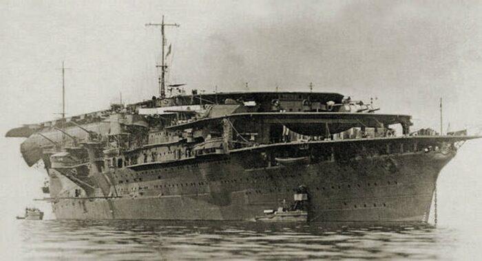 Многопалубный корабль до модернизации 1934-35 гг.