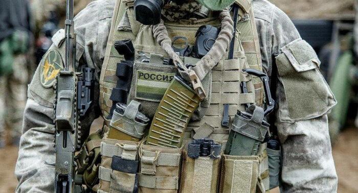 Элементы экипировки бойца ССО ВС РФ