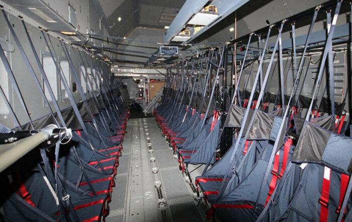 Сиденья для перевозки десантников