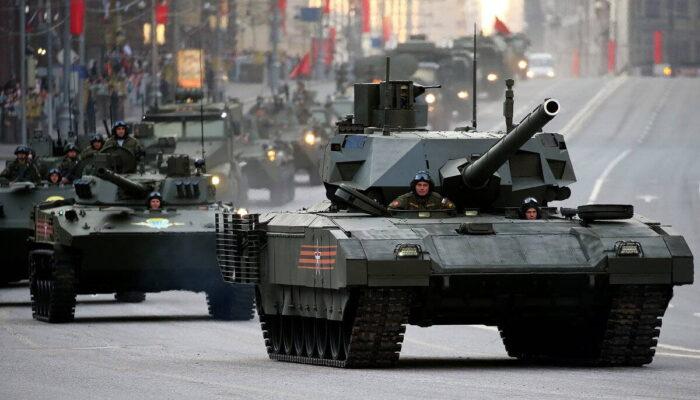 """Новейший боевой танк Росси Т-14 """"Армата"""""""
