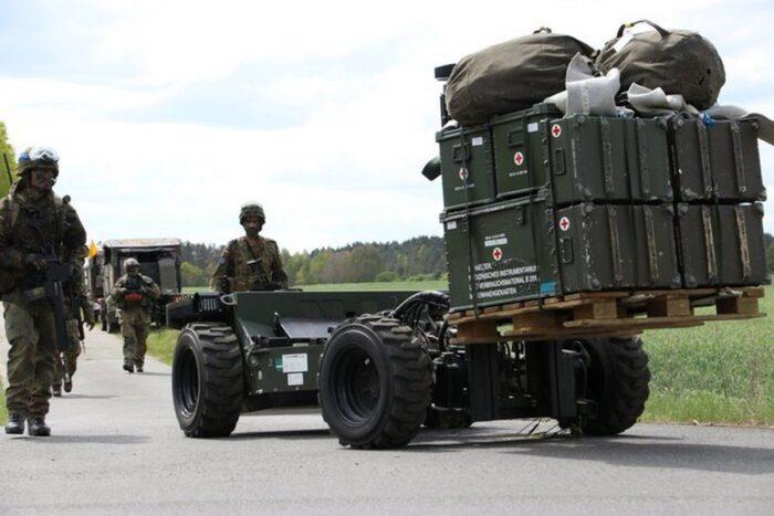 Учения GG2019. Транспортировка груза, подготовленного к десантированию.