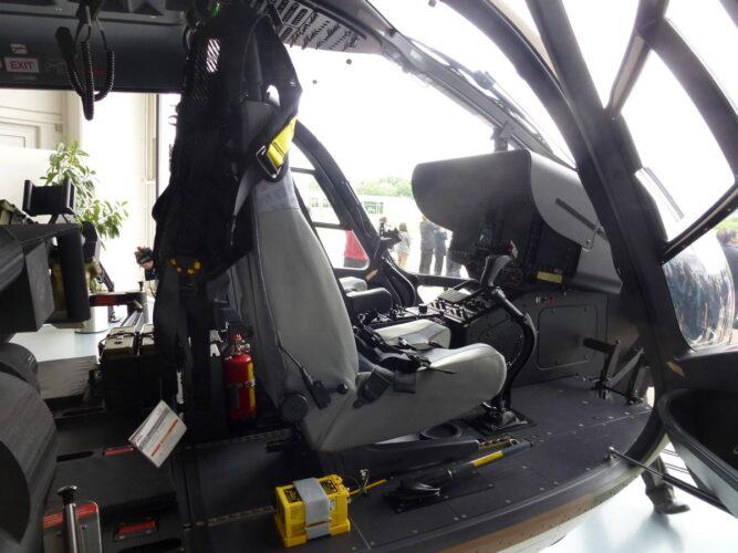 Остекление кабины пилотов Н145М
