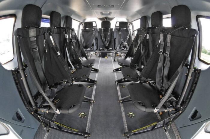 Грузовая кабина для девяти пассажиров