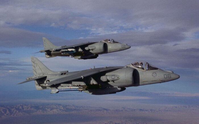 Истребители AV 8B Harrier II