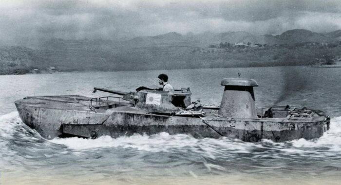 """Плавающий танк Тип 2 """"Ка-Ми"""""""