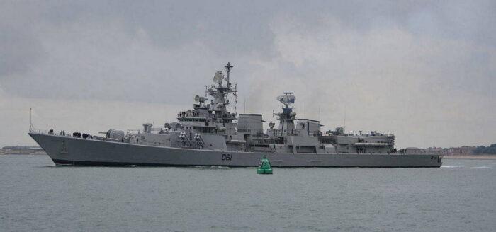 """Эсминец проекта """"Дели"""" ВМС Индии"""