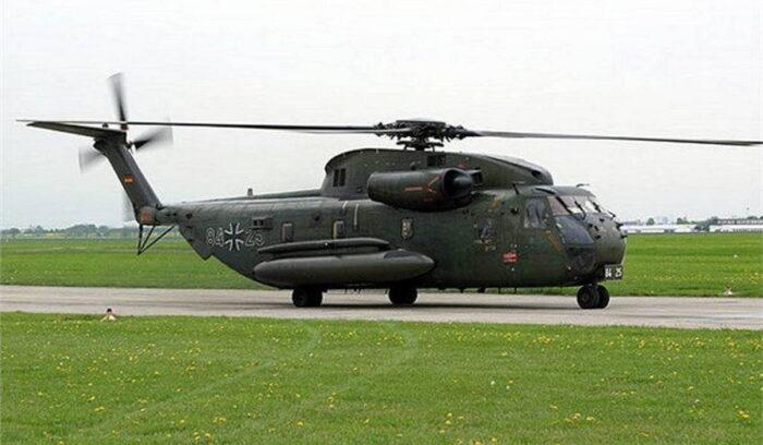 Средний транспортный вертолет CH-53
