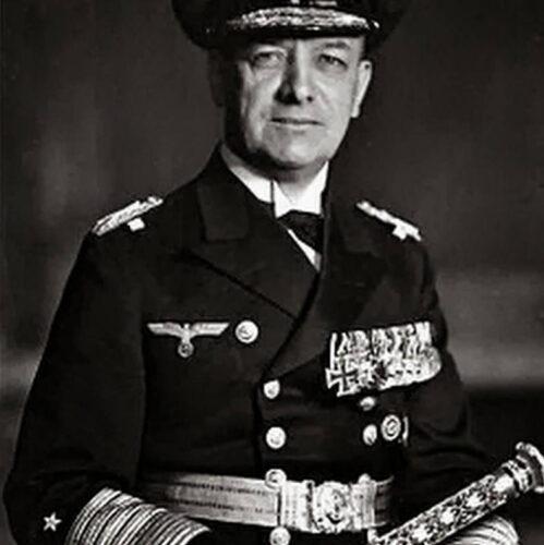 Гросс-адмирал Эрих РЕДЕР