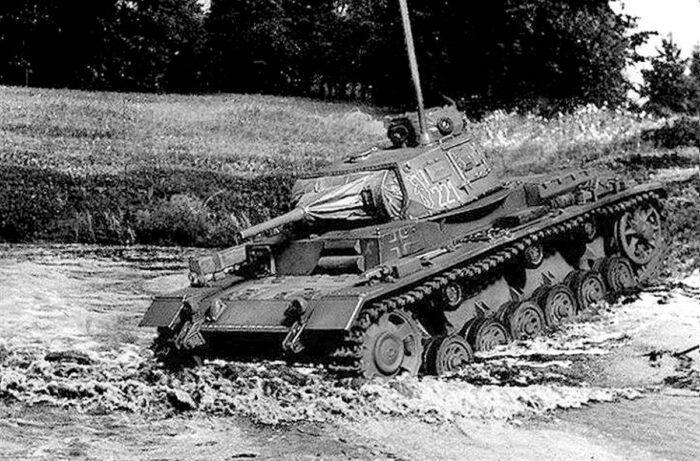 Ныряющий танк вермахта Tauchpanzer III