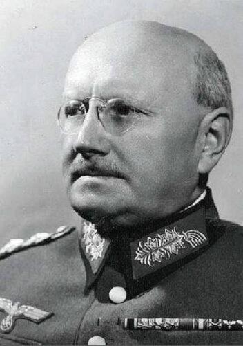 Полковник Освальд ЛУТЦ