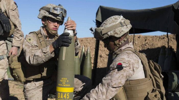 Перепрограммирование управляемого снаряда перед выстрелом
