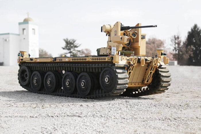 EMAV  RVC  от компании  QinetiQ  с 12,7 мм пулеметом