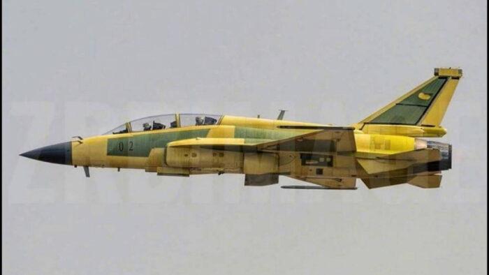 Двухместный истребитель JF-17B ВВС Пакистана