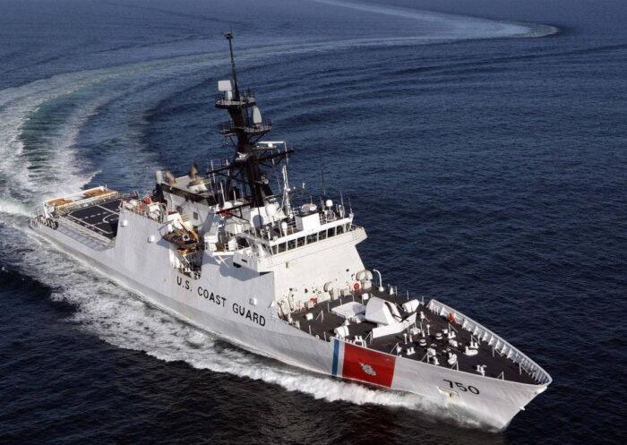 Корабль береговой охраны класса Legend