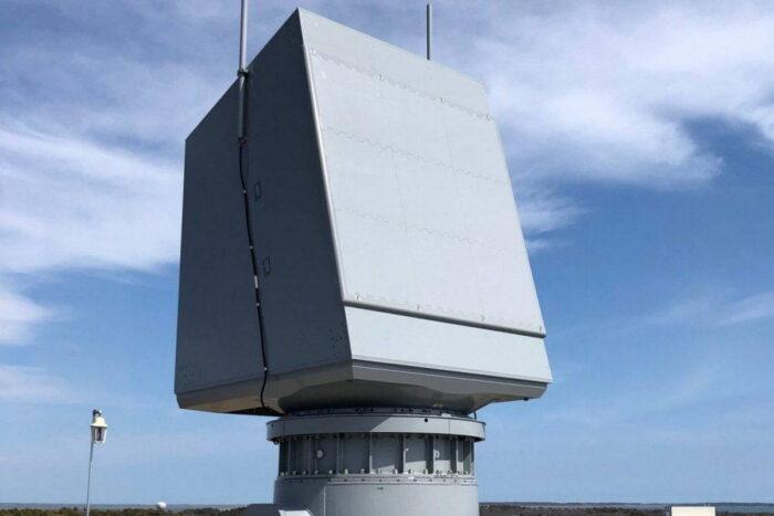 РЛС AN/SPY-6 EASR с активным электронным поворотом луча