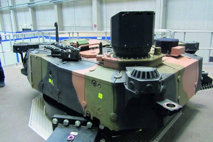 Башня Lance 2.0 с АП MK30-2 на тестовом стенде на заводе Rheinmetall