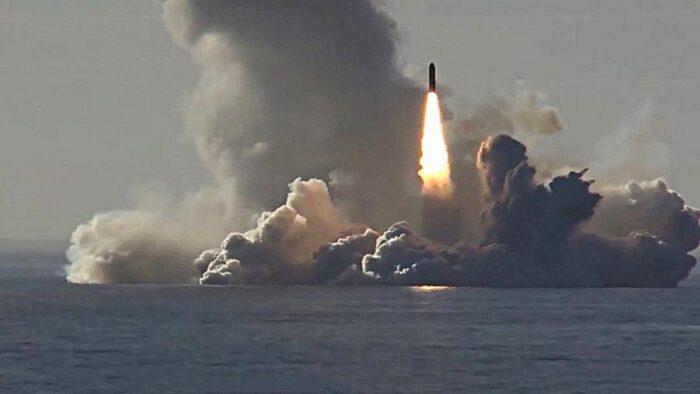 Подводный старт МБР «Булава»