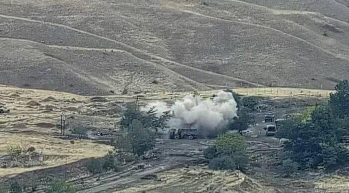 Артиллерийский удар по позиции азербайджанских войск