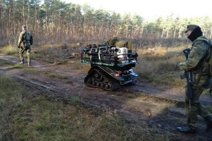 Беспилотные транспортные средства. Рой поддержки