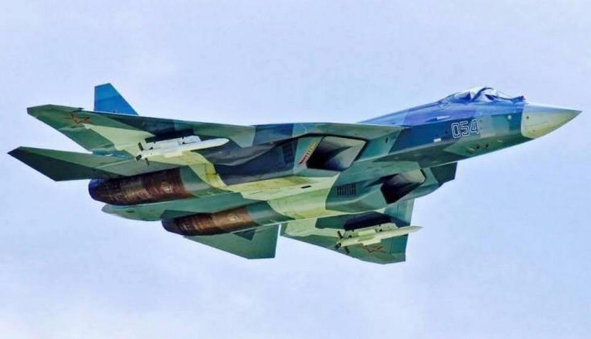 Истребитель Су-57 ВВС России