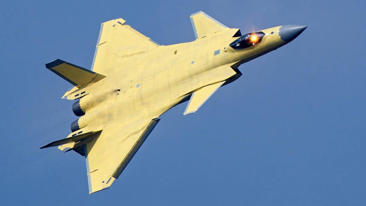 Истребитель J-20 ВВС Китая