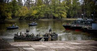 ССО НАТО отрабатывает речные операции на Дунае